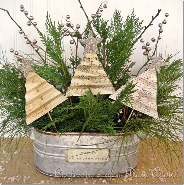 CONFESSIONS-OF-A-PLATE-ADDICT-Shabby-Christmas-Centerpiece_thumb10