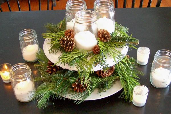 interesting-christmas-centerpiece-cake-stand